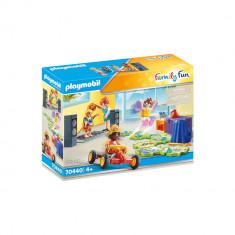 Playmobil Family Fun - Club de joaca pentru copii