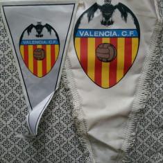 Două fanioane Valencia CF