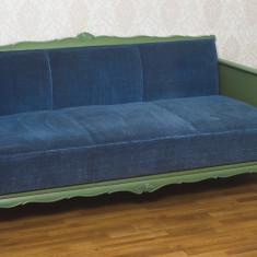 Mobilier pentru living sau salon burghez