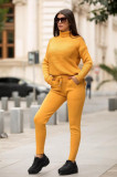 Trening dama din tricot galben cu bluza pe gat si model impletit