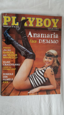 PLAYBOY  AUGUST ANUL 2002 foto