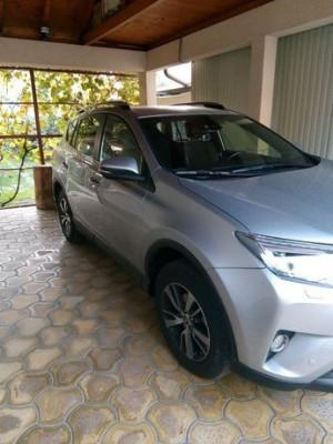 Toyota RAV4 garanție până în noiembrie 2025 foto