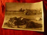Fotografie de Presa 1940 : Prizonieri mahomedani se roaga in Lagare Turcia