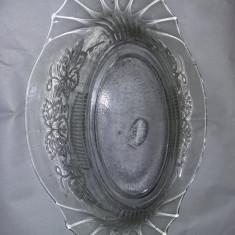 Fructiera veche Superba ,fructiera cu desing in relief,33 cm/22 cm/8cm,T.GRATUIT