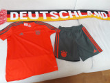 Echipament adidas FC Bayern Munchen sort+tricou copii mar. 152eu