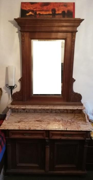 Toaleta Vintage din lemn masiv; comoda eclectica cu marmura si oglinda