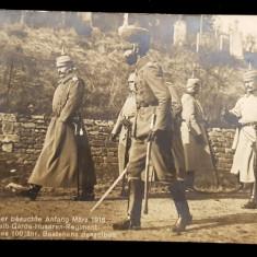 KAISERUL VIZITAND LA INCEPUTUL LUNII MARTIE 1915 REGIMENTUL DE GARDA - HUSARI , FOTOGRAFIE TIP CARTE POSTALA, CIRCULATA , 1916
