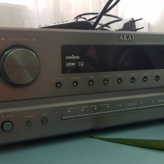 Amplificator Akai