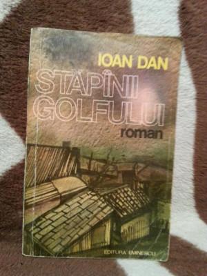 STAPANII GOLFULUI-IOAN DAN foto