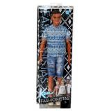 Papusa Mattel Barbie Fashionistas Ken in Pantaloni Scurti Blugi