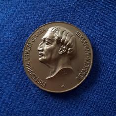 Medalie medicina - Ernest Juvara - 1934 - Colegii - Elevii - Admiratorii