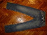 Blugi Armani-Marimea W34xL36 (talie-88cm,lungime-115cm)