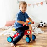 Tricicleta din lemn fara pedale