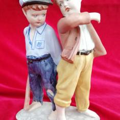 Puști bătăuși figurina statueta portelan Arpo România Epoca de Aur 23 cm