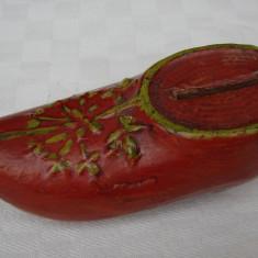 Pusculita veche din ceramica emailata datand din anul 1914