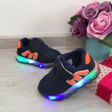 Adidasi albastri usori moi cu luminite beculete LED pt copii baieti 21