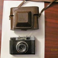 "PVM - Aparat foto vechi cu film de colectie functional ""SMENA 8"" fabricat URSS"