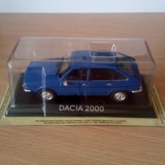 """Macheta auto Dacia 2000 seria """"Mașini de legendă"""" in blister"""