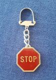 Breloc vechi ACR - STOP - Automobil clubul roman A.C.R. - Circulatie - insigna