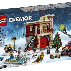 Cumpara ieftin LEGO Creator Statia de pompieri din satul de iarna (10263)