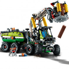 LEGO Technic - Masina forestiera 42080