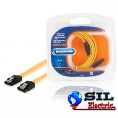 Cablu de date SATA 6 GB/s, SATA 7-pini mama - SATA 7-pini mama, 1.0 m galben