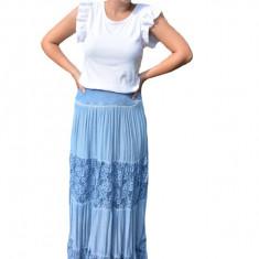 Fusta dama Roxana cu insertii de dantela, nuanta de albastru