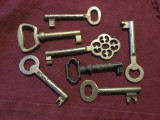 Lot 7 bucati - Chei vechi pentru usa de mobila / diverse modele !