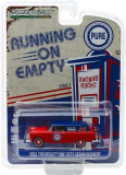 Cumpara ieftin 1955 Chevrolet One Fifty Sedan Delivery - Pure Oil Solid Pack - Running on Empty Series 7 1:64