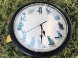 Ceas cuart de perete cu pisici,mieunat la ore fixe