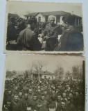 Fotografii Ofițer cu crucea de fier, preot militar, scena de Paste, ciocnind oul, Alb-Negru, Romania 1900 - 1950