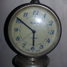 Ceas vechi de masa Slava,NEFUNCTIONAL,ceas in starea care se vede,T.GRATUIT