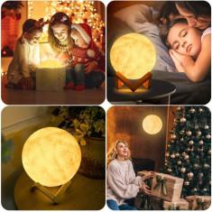 Lampa mini Luna 3D LED, buton tactil, reincarcabila, suport lemn foto