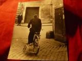 Fotografie de Presa - 1943- Circulatia cu Bicicleta la Roma , 16,5x21cm