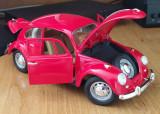 Macheta Volkswagen vw Beetle Buburuza Rosie 1967 Scara 1:18 Welly Diecast Noua