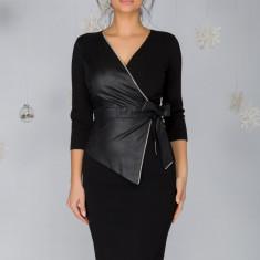 Rochie Berna cu aspect petrecut si accente din piele ecologica