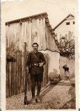 D836 Fotografie militar roman cu pusca al doilea razboi mondial poza veche