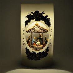 Lumanare reala din ceara, muzicala, cu figurine in miscare Nasterea, Pruncului...