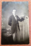 Portret de barbat. Fotografie datata 1920 - Foto Venus, Jean Legat - Bucuresti, Alb-Negru, Portrete, Romania 1900 - 1950