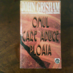 John Grisham Omul care aduce ploaia