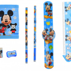 Set ceas, pentru copii, cu Mickey Mouse, portofel si rechizite cadou - COCOB8011630