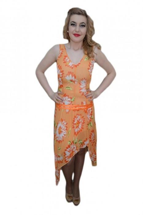 Rochie moderna, portocalie, material cu aspect de voal cu flori