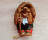 Papusa veche din lemn sculptat.Mos Arici.Vintage.Raritate !