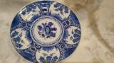 Cumpara ieftin Farfurie veche, ceramica pictata manual Delft