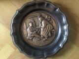 Panoplie franceza ,personaje la semineu,basorelief in cupru