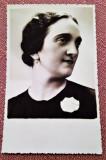Portret de femeie. Fotografie tip CP datata 1935 - Studio-Robert, Bucuresti