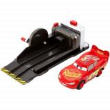 Set Masinuta Lightning McQueen cu Lansator, Mattel