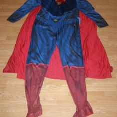 Costum carnaval serbare superman pentru adulti marime XL, Din imagine