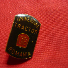 Insigna Universal Tractor  UTB ,metal si email ,h=2,3cm
