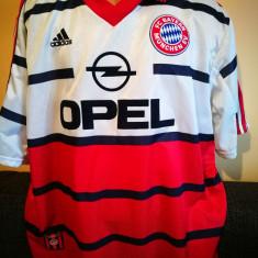 2 Tricouri de colectie Bayern Munchen.  Marimea XL.